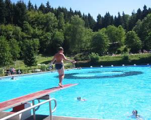 Waldschwimmbad Holzhausen