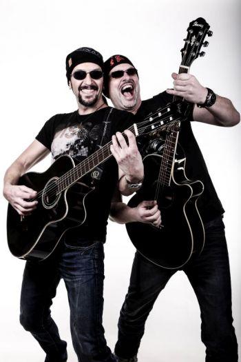 Fetzige Acoustic-Covers und Ozzy Osbourne