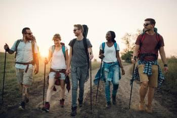 Zurück in die Natur: Wandern als urbaner Trend